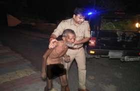 खाकी का कोई धर्म नहीं होता.. UP Police के इस चेहरे को जरूर देखें, अशफाक के साथ ऐसे मनाई ईद