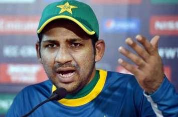 आर्टिकल 370 हटाने पर पाकिस्तान के कप्तान सरफराज अहमद की नौटंकी, खुद को बताया कश्मीरियों का हमदर्द