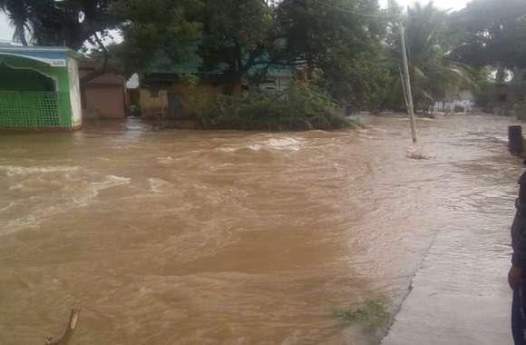 मुनिराबाद में घुसा पानी