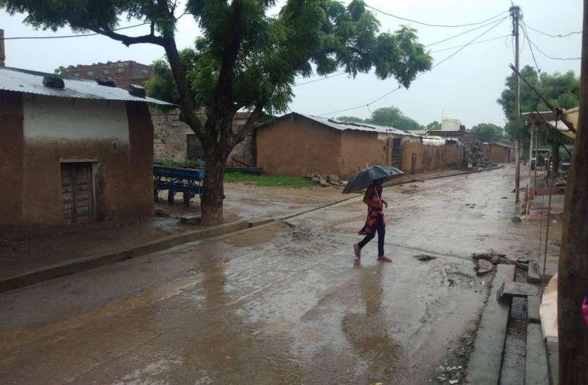 भीलवाड़ा में बारिश का दौर जारी