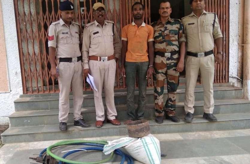 चोरी के आरोप में पुलिस ने एक आरोपी को किया गिरफ्तार