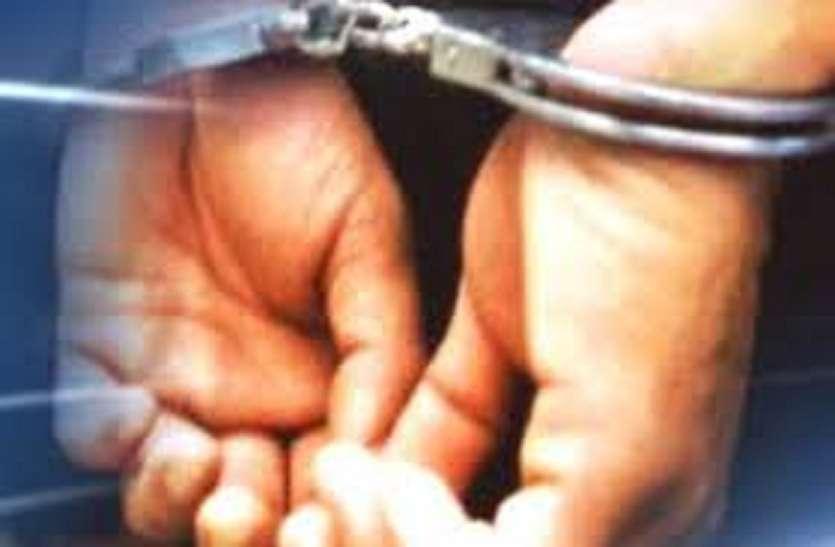 तंत्र-मंत्र के बहाने चोरी करने वाला फर्जी बाबा गिरफ्तार