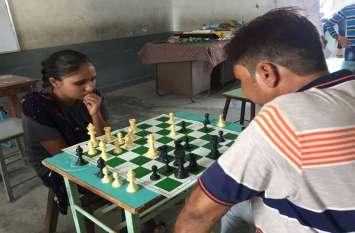 Chess competition: पंाच चक्रों में 4.5 अंक प्राप्त कर चैम्पियनशिप पर कब्जा