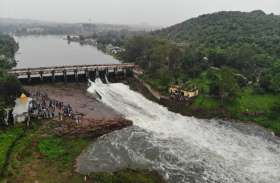 Bhadbhada Dam gate : दूसरी बार फिर खुले भदभदा के दो गेट, देखें वीडियों
