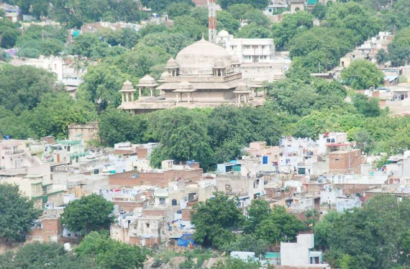 special stories from gwalior related to independence of india