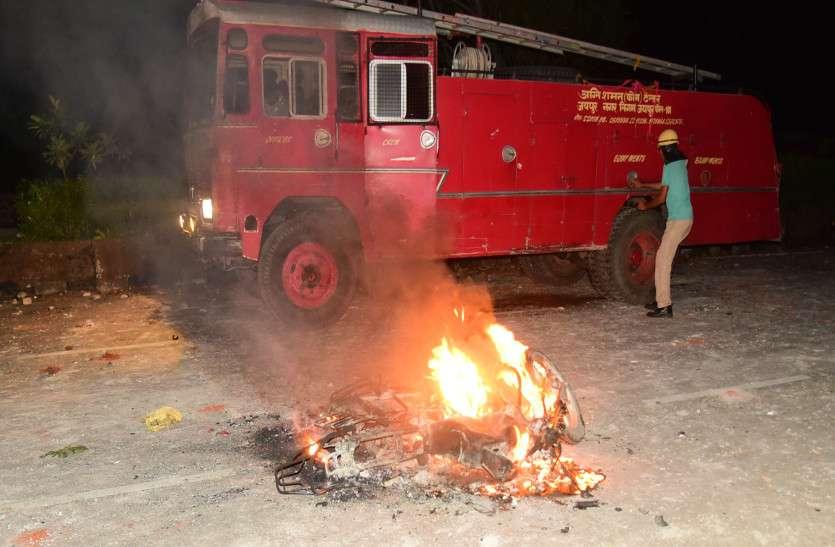 जयपुर में खौफ के चलते त्यौहार पर अब कर्फ्यू का साया