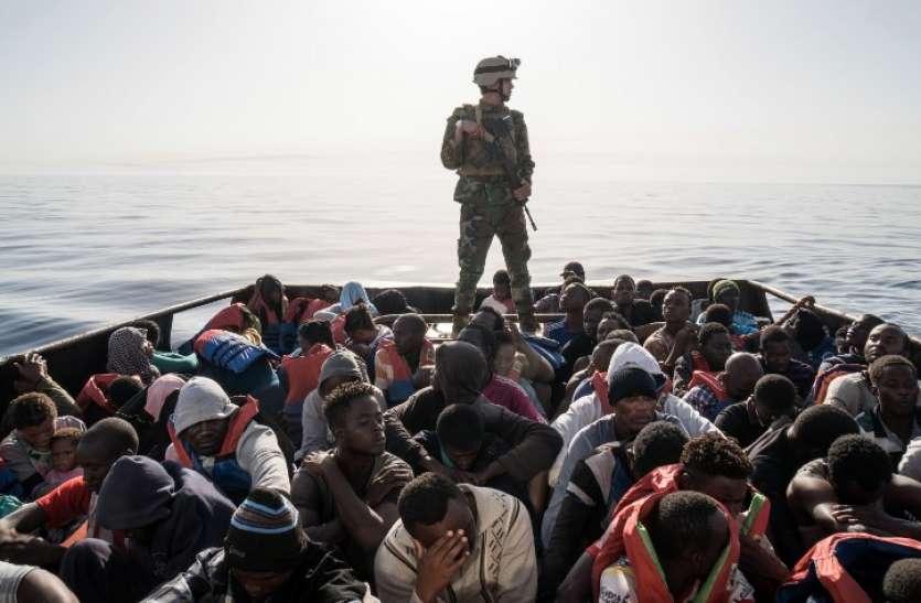 लीबिया: भीषण संघर्ष के बीच पश्चिमी तट से बचाए गए सैकड़ों प्रवासी, अब तक हजारों की हो चुकी है मौत