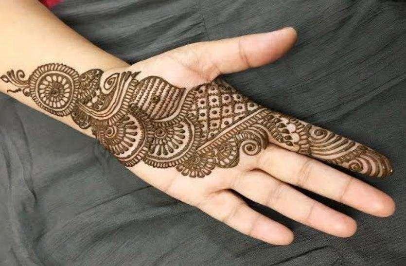 Raksha Bandhan 2019: इस रक्षाबंधन पर बहनें हाथों पर लगाएं ये मेहंदी डिजाइन्स