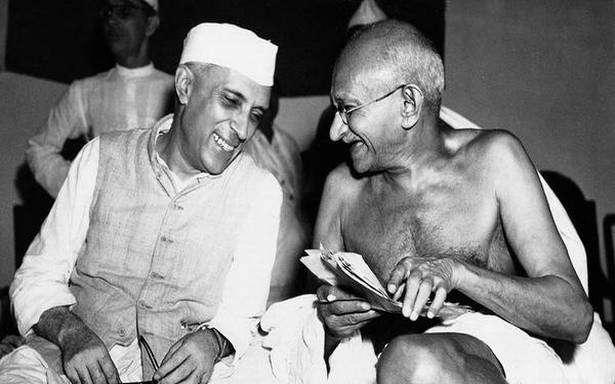 nehru and mahtama gandhi