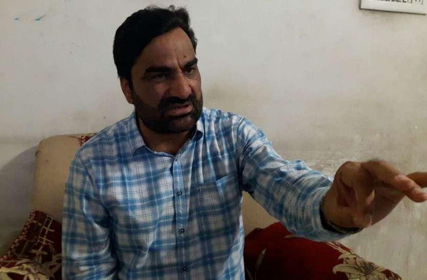 सांसद बेनीवाल ने आवास पर की जन सुनवाई, क्षेत्र के दौरे में किया जन संवाद