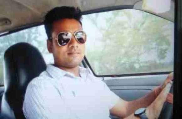 UP पुलिस के जवान की सरेआम गोली मारकर हत्या के बाद मची भगदड़, सूचना मिलते माैके पर पहुंची फोर्स