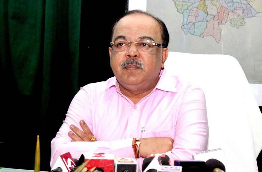 Ex TMC Mayor Shobhan in action: ममता को अब पूर्व मेयर शोभन का झटका