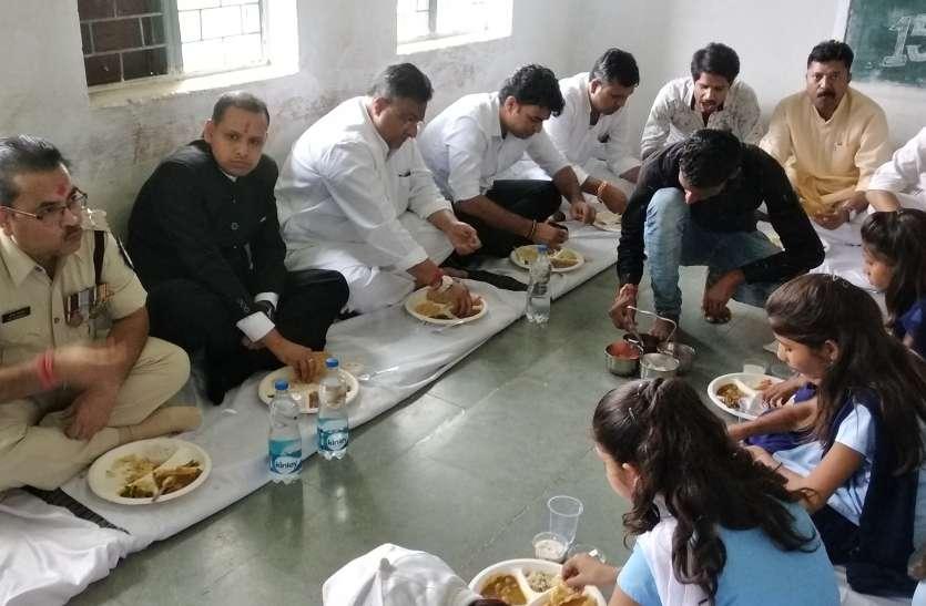 छतरपुर में हर्षोल्लास एवं गरिमापूर्वक मना स्वतंत्रता दिवस