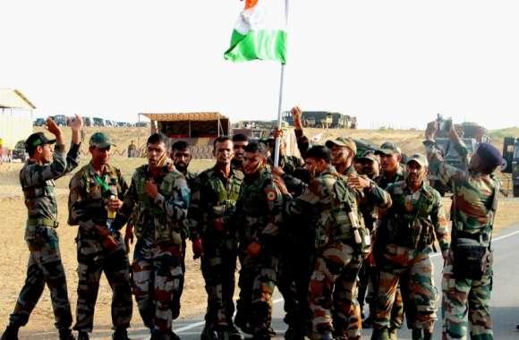 रेगिस्तान में भारतीय सेना ने आजादी के दिन लहराया जीत का परचम,चीन-रूस सहित सात देशों को छोड़ा पीछे