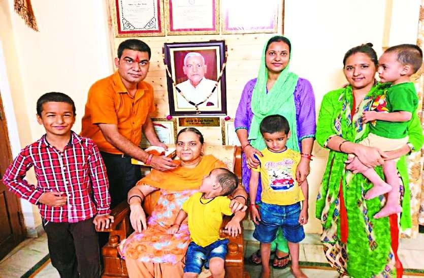 gwalior boy Lt.col. ajay singh kushwah gets shaurya chakra 2019