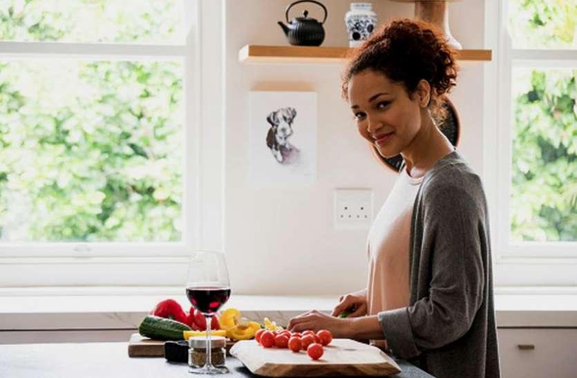 Research : किचन में ज्यादा समय बिताने वाली महिलाएं होती हैं ज्यादा बीमार