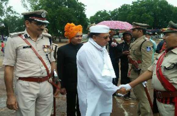 कमलनाथ के मंंत्री ने बताया, कश्मीर मुद्दे पर राहुल गांधी को उठाना चाहिए यह कदम