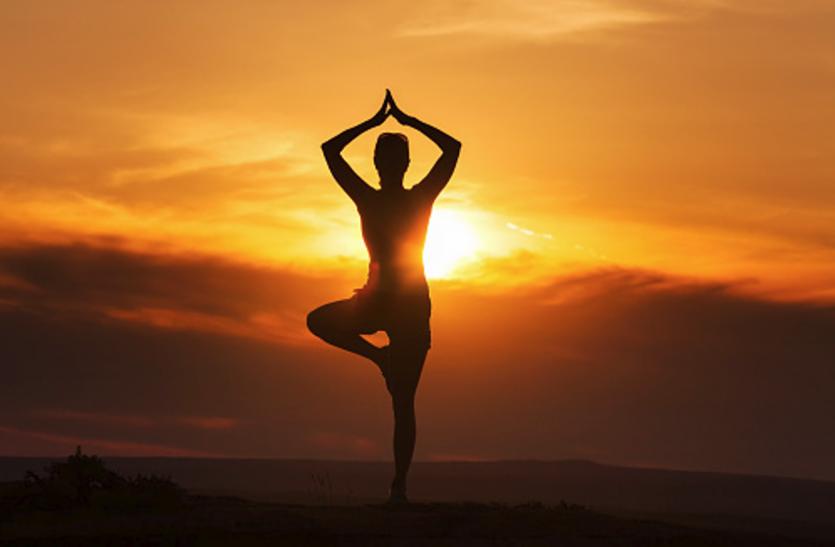 योग आसनों के अभ्यास से पहले जानेंइससे जुड़ी अहम बातें