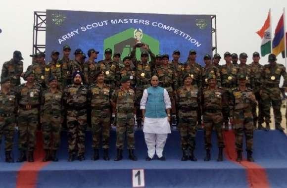 रक्षामंत्री राजनाथ सिंह ने श्रेष्ठ प्रदर्शन करने वाले सैन्य दलों को किया सम्मानित,परमाणु नगरी में किया वाजपेयी को याद
