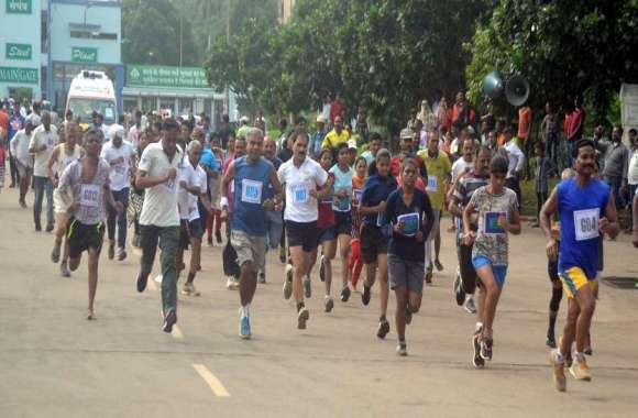 Photo Gallery :स्वतंत्रता दिवस पर सद्भावना के लिए दौड़ी भिलाई बिरादरी