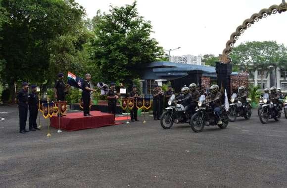 बांबे सैपर्स साहसिक अभियान की टीम पहुंची अहमदाबाद