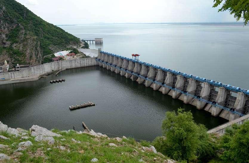 त्रिवेणी का गेज बढ़ा तो बीसलपुर में हुई पानी की आवक