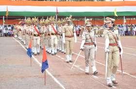 परेड कमांडर ने इस तरह कराया मार्च फास्ट, देखें स्वतंत्रता दिवस की परेड