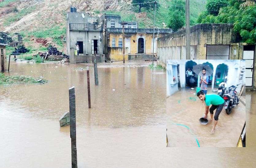 सीकर में भारी बारिश: सड़कों से लेकर घरों तक पानी ही पानी, लोगों को सुरक्षित स्थानों पर पहुंचाया
