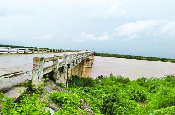 खतरे के निशान से नीचे चंबल-पार्वती, इधर जिले में बारिश का 70 फीसदी कोटा पूरा, खतरा बरकरार
