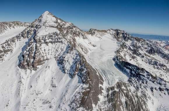 आर्कटिक के बाद अब चिली में पिघल रहे ग्लेशियर, आबादी के लिए बढ़ा खतरा