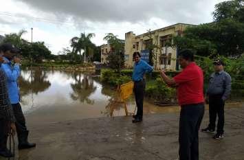 kendriya vidyalaya : स्कूल में पानी भरा देख बोले तहसीलदार  , परिसर में नहीं दिखना चाहिए पानी