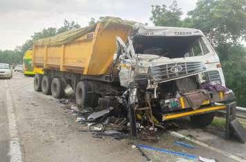 Road Accident : बस और ट्रेलर के बीच जबरदस्त भिड़ंत, यात्रियों के बीच मची चीख-पुकार, इतने यात्री घायल