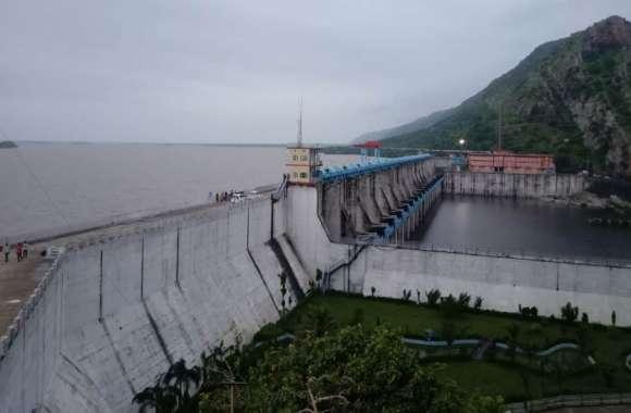 video: कभी भी खुल सकतेे है बिसलपुर बांध के गेट , प्रशासन ने किया अलर्ट जारी त्रिवेणी से लगातार पानी की आवक