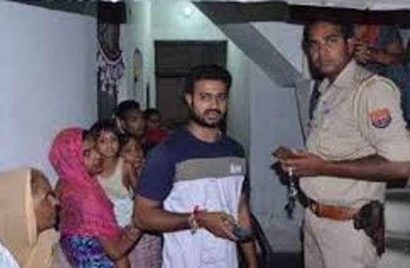 दिव्यांग के धर्म परिवर्तन की कोशिश पर हुआ जमकर हंगामा, पुलिस ने आरोपी को छोड़ा