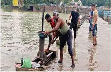 Big Breaking: दोस्तों के साथ एनीकट घूमने गया युवक शिवनाथ नदी में बहा, पुलिस ने जाहिर की मौत की आशंका