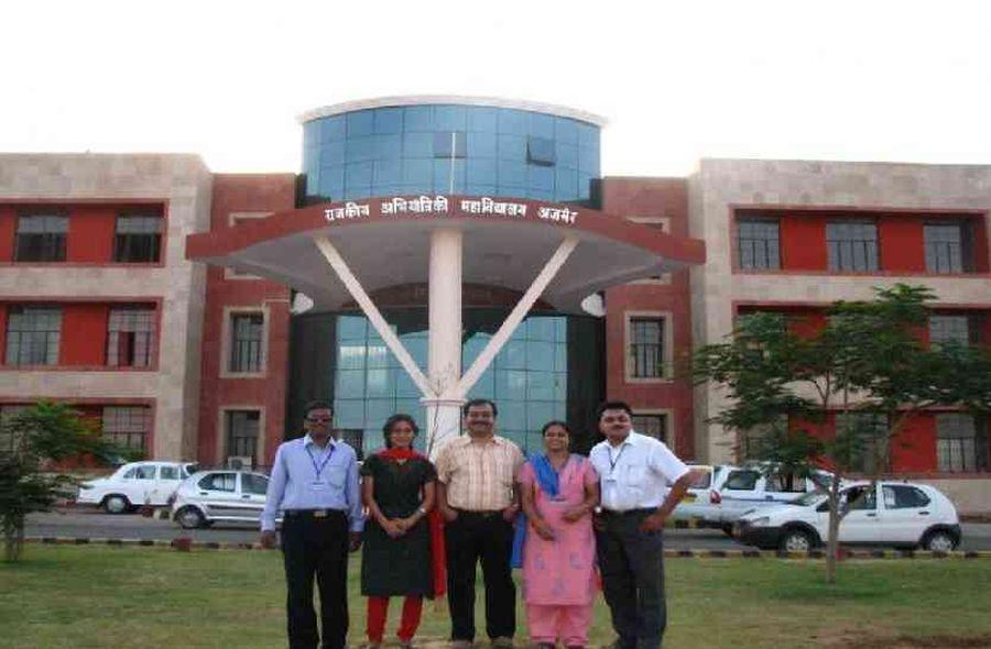 Engineering college: कन्वोकेशन में मिलेगी टेक्नोक्रे्टस को डिग्री
