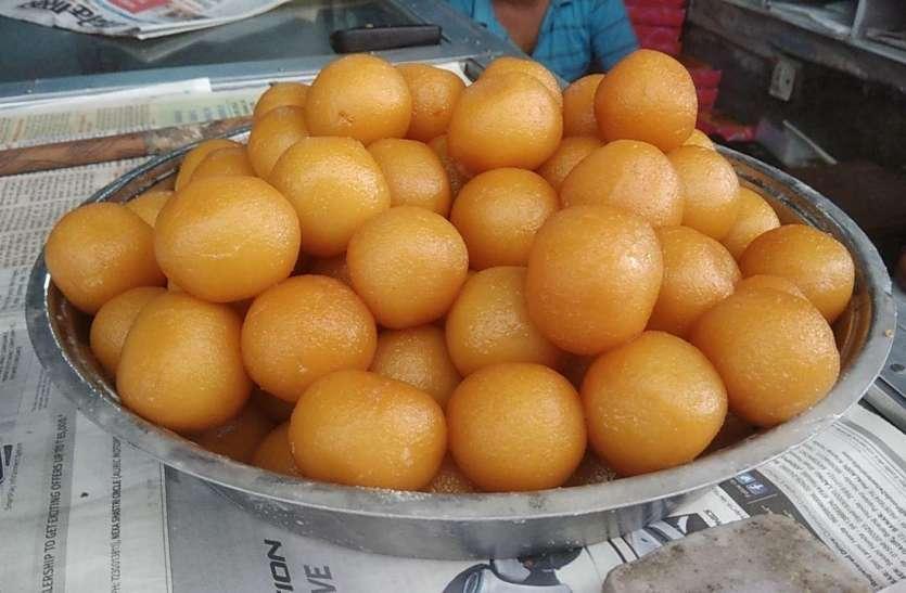जोधपुरी लजीज और रसीला गुलाब जामुन
