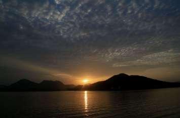 4 दिन से आज हुए सूूरज ' भगवान ' के दर्शन...देखें तस्वीरों में