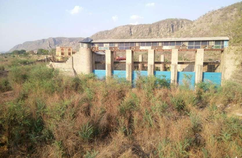 प्रदेश में मेघ मेहरबान, फिर भी जयपुर का रामगढ़ बांध रह गया सूखा