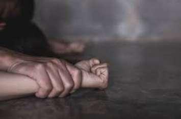 बलात्कार के बाद अंधेरे में छोड़कर भाग रहा था तो भतीजी बोली- मौसा, मुझे भी घर छोड़ दीजिए, किसी को कुछ नहीं बताऊंगी...