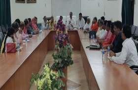 24 को सुलतानपुर आएंगी मेनका गांधी, सांसद प्रतिनिधि ने दिया बड़ा बयान, देखें वीडियो