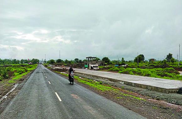 bhopal-biaora four lane : अब डामर से ही बनेंगे नये रोड, भोपाल-ब्यावरा फोरलेन पर भी डामर