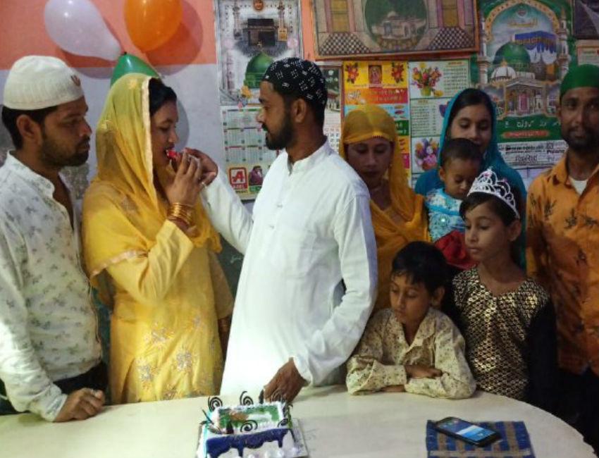 वंदे मातरम के लिए 13 साल से अन्न ग्रहण नहीं कर रहा मुस्लिम युवक Gulchaman Sherwani, पढ़िए क्या है मन में