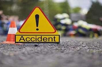 तेज रफ्तार ट्रक ने सड़क किनारे खड़े युवक को कुचला, मौत