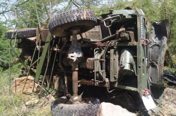 राजस्थान : घाटी में ट्रक पलटने से IAF के 3 जवानों की मौत, CM गहलोत, डिप्टी सीएम पायलट ने जताया गहरा दुःख