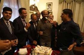सुपर स्टार रजनीकांत ने फिल्म उद्योग में अपना 44 वां वर्ष शिवपुर रिसोर्ट्स जयपुर में मनाया देखे तस्वीरें