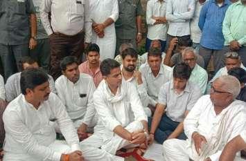 प्रदेश के उप मुख्यमंत्री सचिन पायलट ने भिवाड़ी मॉब लिंचिंग का शिकार हुए हरीश जाटव के परिवार से की मुलाकात, फिर दिया बड़ा बयान