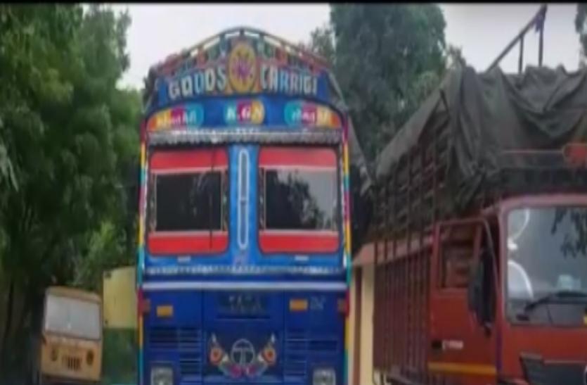 ट्रक में इस सामान को एक जगह से दूसरी जगह ले जाने के ड्राइवर लेता था 50 हजार, पुलिस ने रोका तो हुआ बड़ा खुलासा