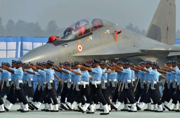 श्रीनगर में परीक्षार्थी हो रहे थे परेशान, वायु सेना ने परीक्षा कर दी स्थगित