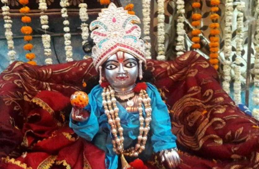 Krishna Janmashtami 2019 : वृंदावन में 23 और मथुरा में 24 को जन्माष्टमी